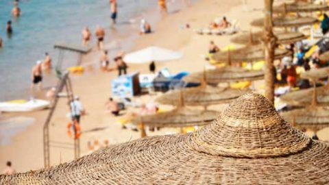 uk holidaymakers booking scams content